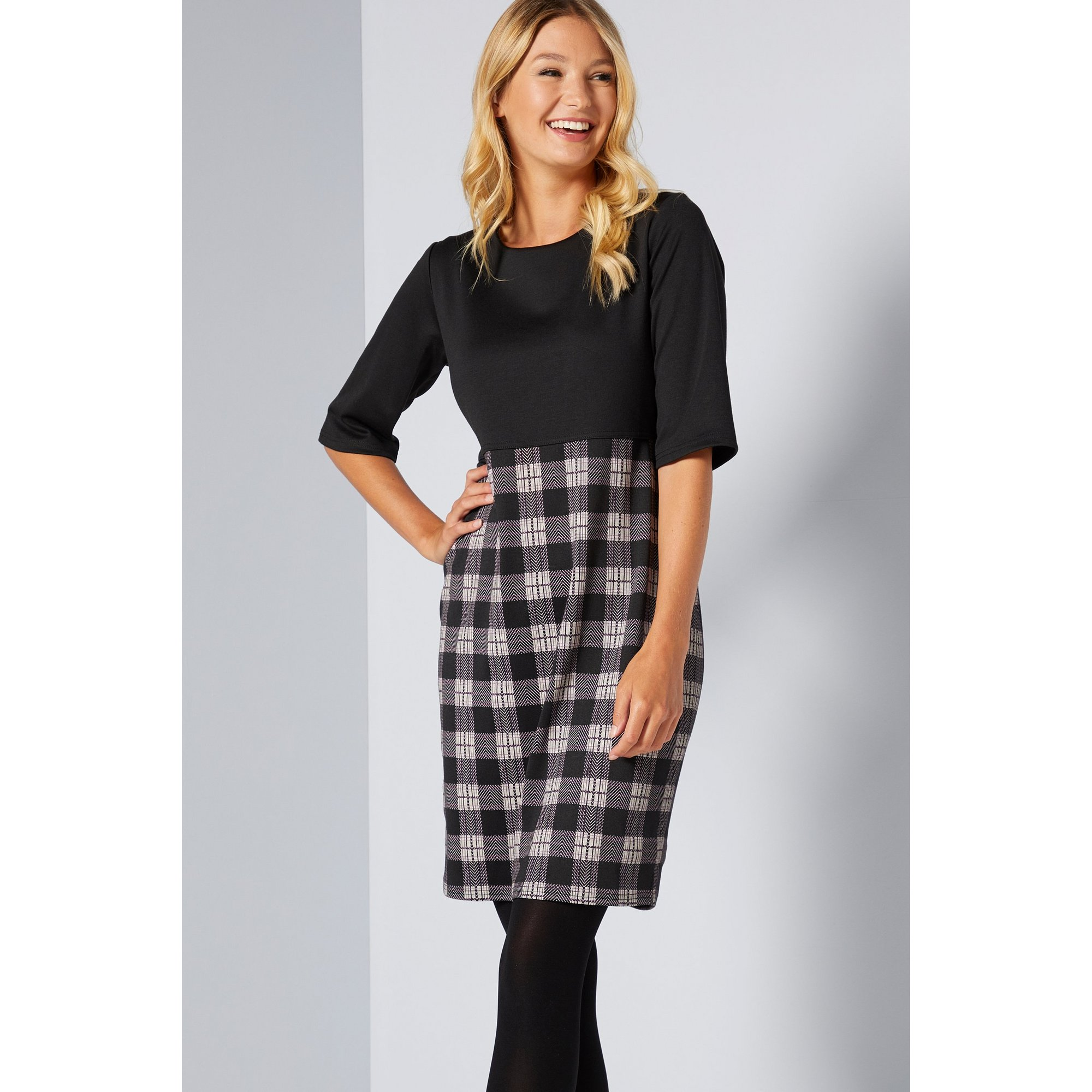 Image of 2-in-1 Black/Beige Jersey Check Dress