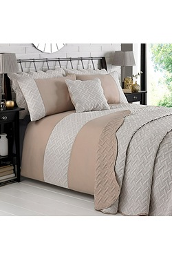Two-Tone Geometric Quilted Duvet Set