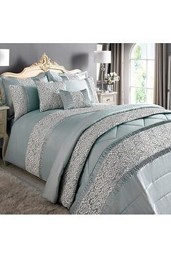 Opulant Lace Duvet Set