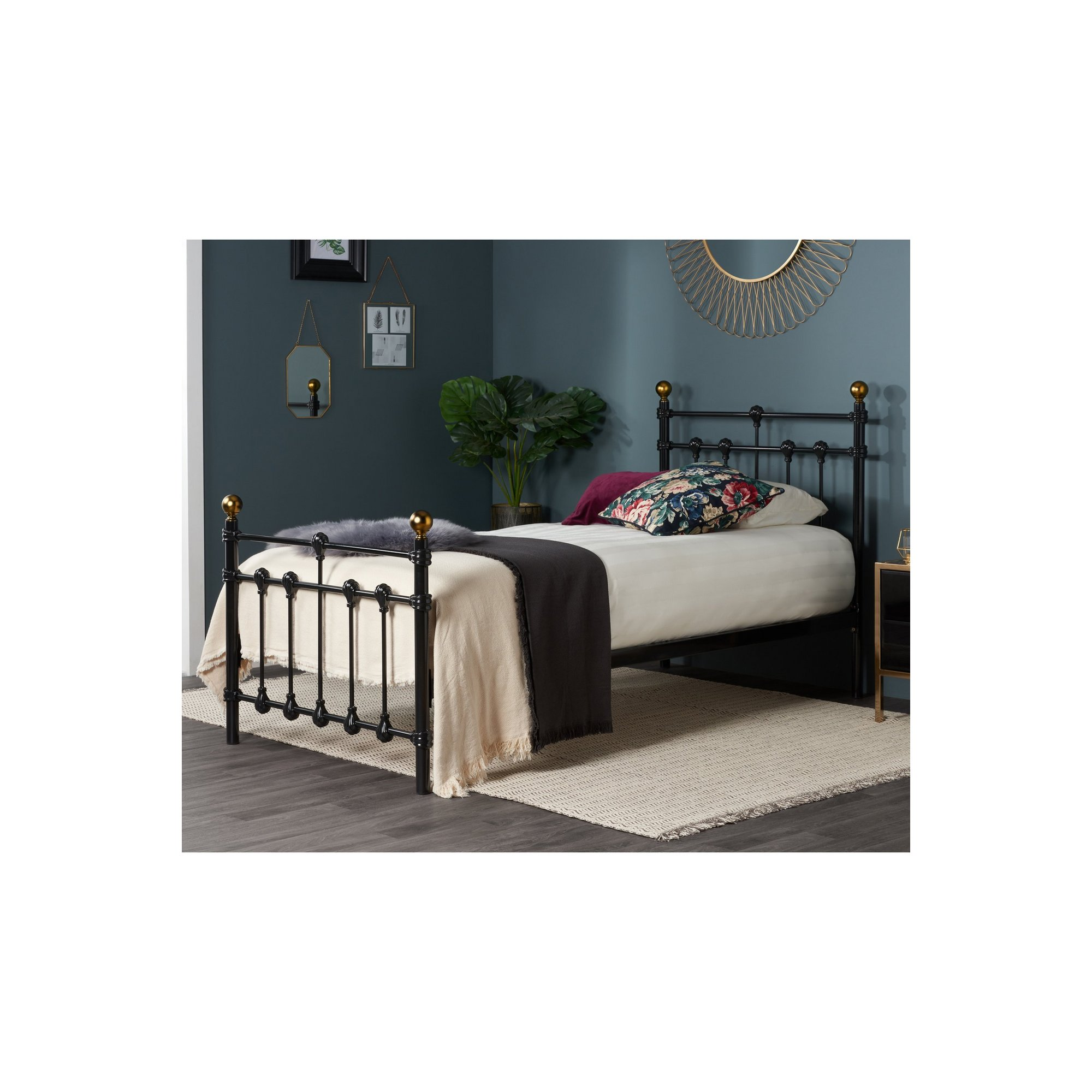 Image of Atlas Bed