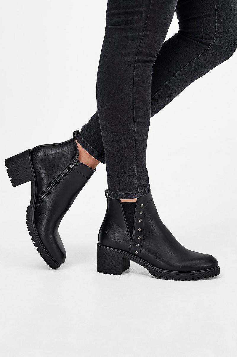 Ellos Shoes Emma-saappaat - Musta - Naiset - Ellos.fi 93193bbebc