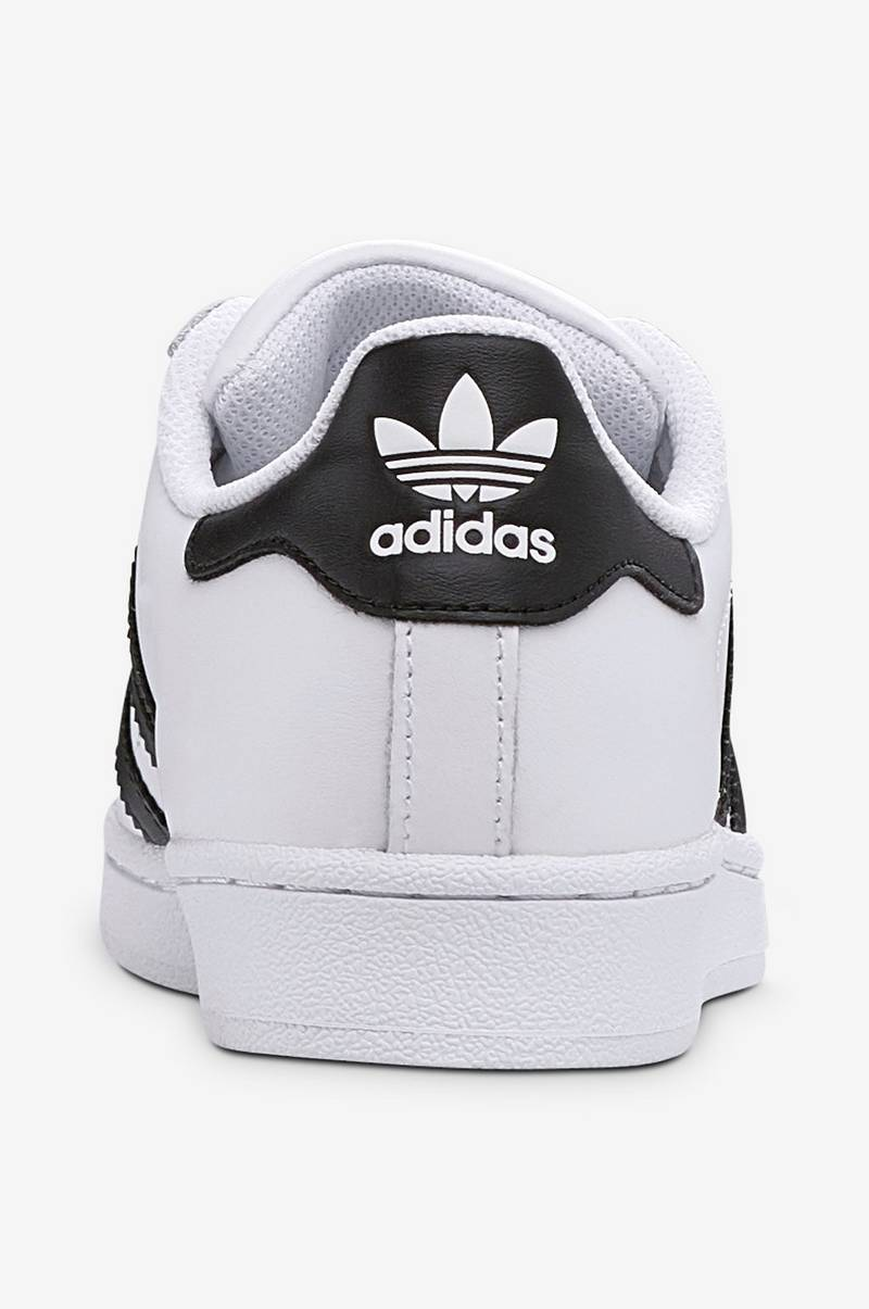 Sneakers Superstar