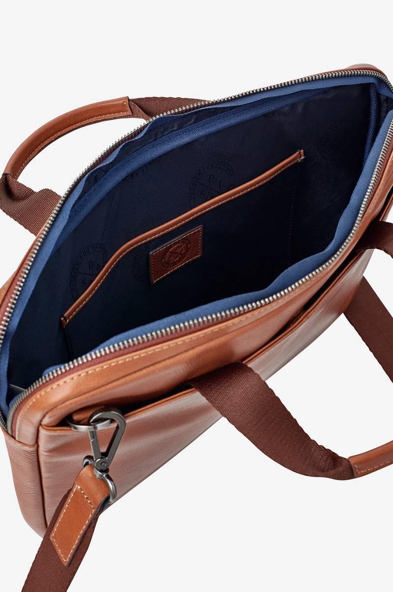 Brun Laptopväska : Saddler laptopv?ska boston brun elektronik ellos