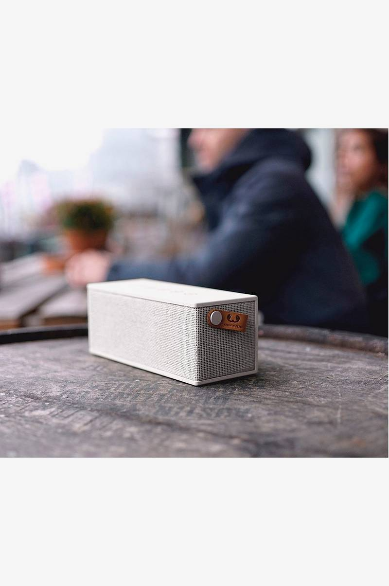 Rockbox Brick Cloud White