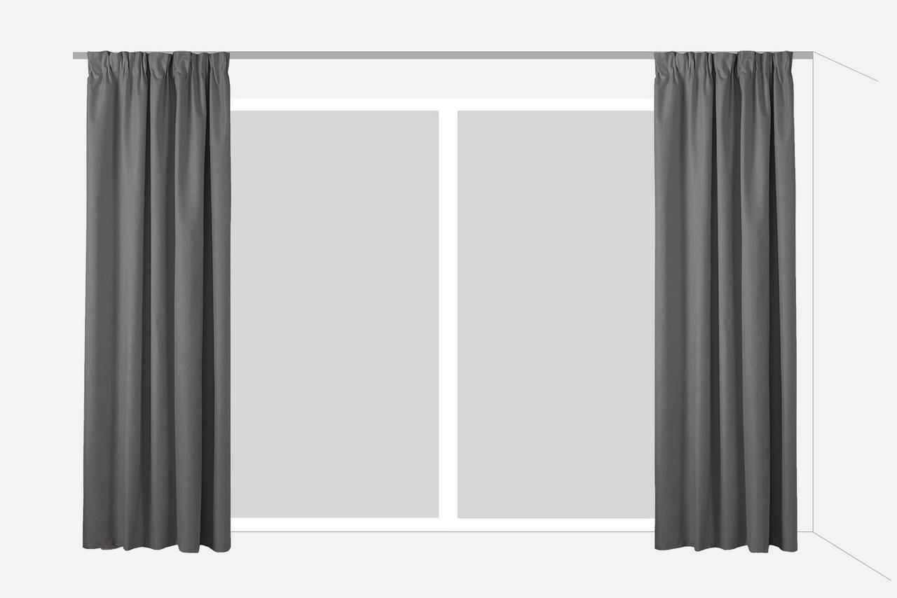 52c2ff83 I moderne arkitektur er det almindeligt med store vinduespartier. En  loftskinne er en udmærket løsning, hvis du vil skabe loungestemning.