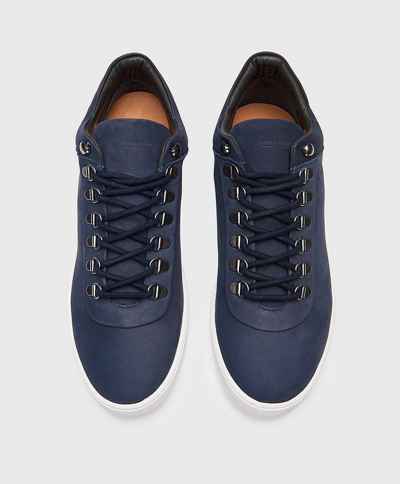 Seven 20 Hiker Oxford nav