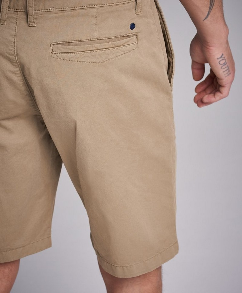 Crown Shorts 1004