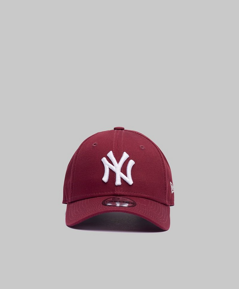 9Forty New York Yankees Maroon/White