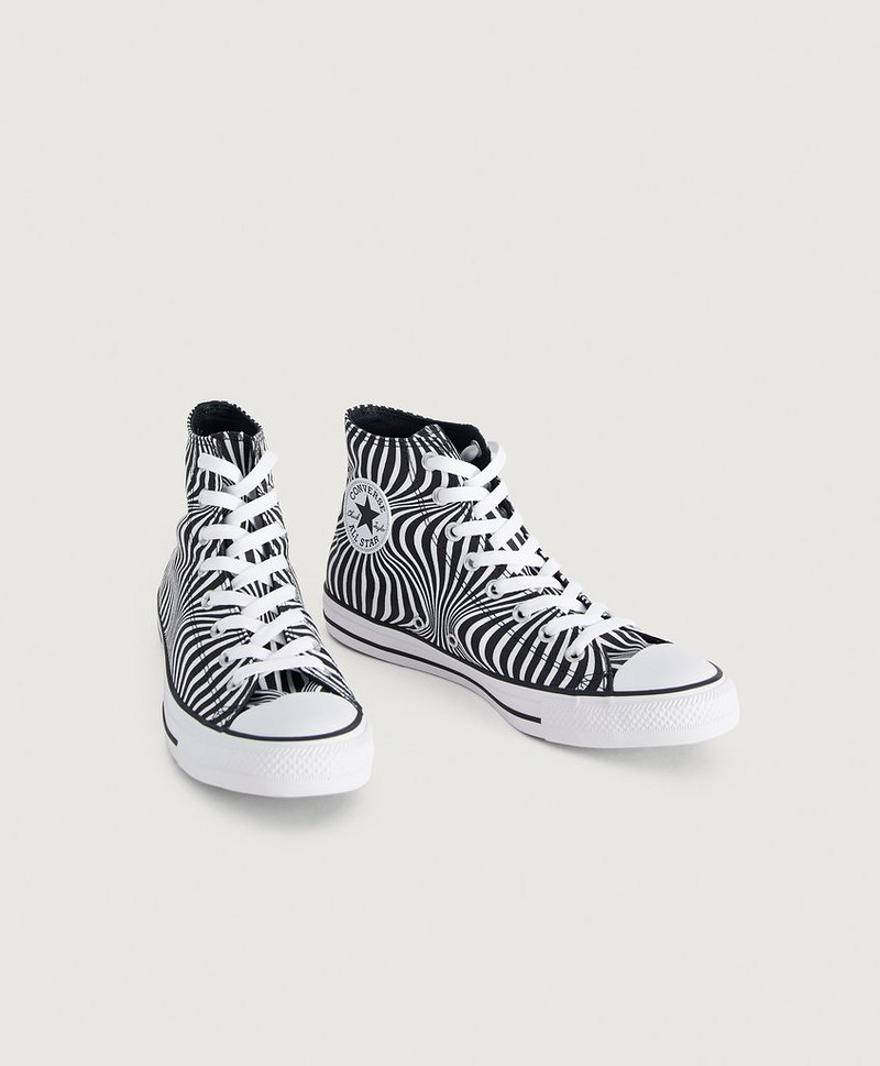 Chuck Taylor All Star Moonshot Hi