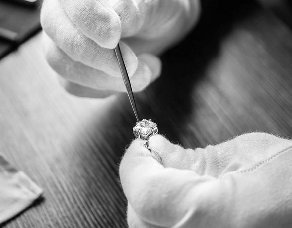 Diamond Servicing at Ernest Jones