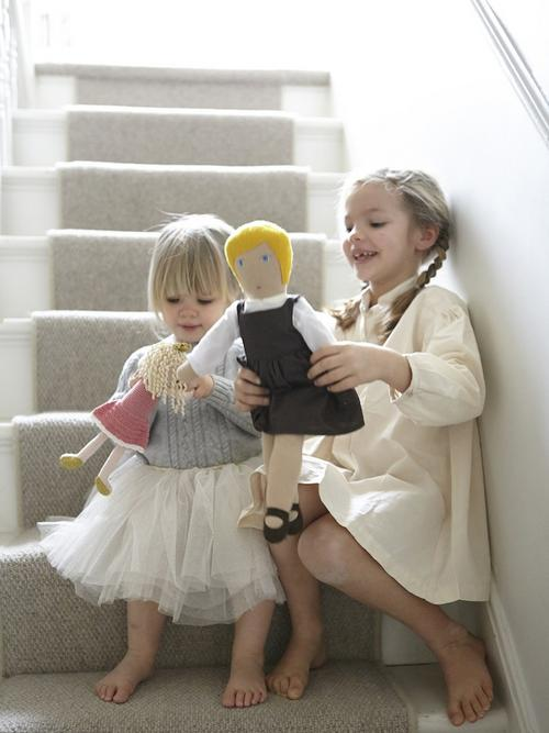 Marlow and Ivy on the stairs
