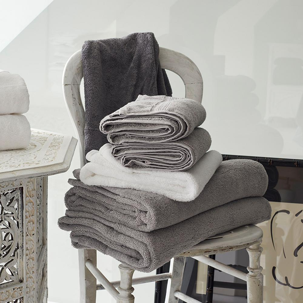 Christy Mode Towels