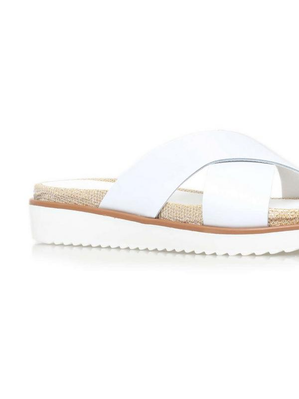 carvela kurt geiger kream slider