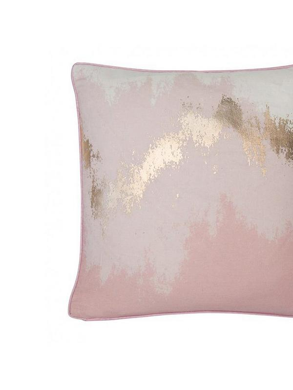 malini pink ombre glimmer cushion
