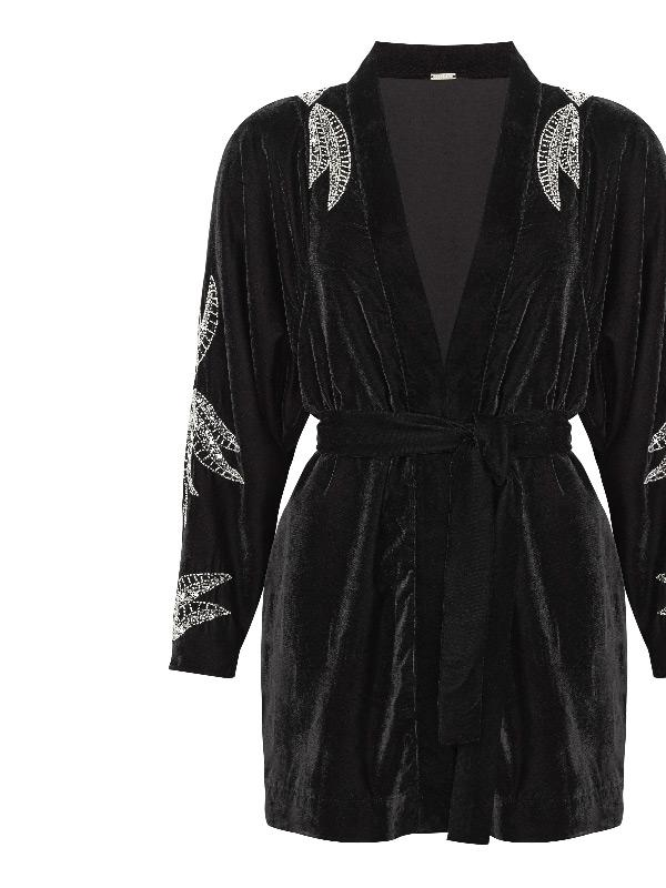 dodo bar or black velvet embroidered kimono