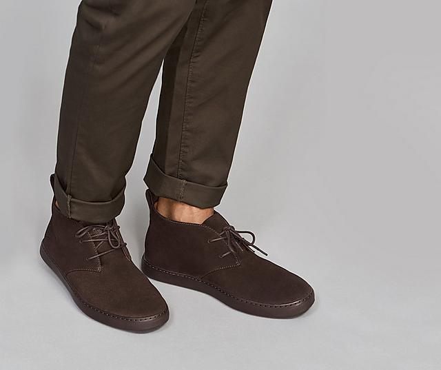 Men's Desert boot featuring soft suede in Chocolate colour.