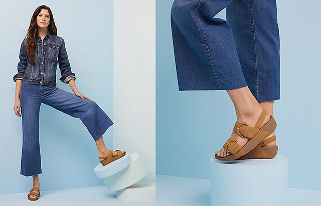 Fitflop Classic Slide Leather sandals in colour tan.