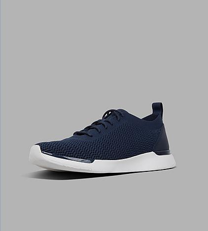 Mens Flexknit Sneaker with Stretchy knitted uppers in colour midnight navy.
