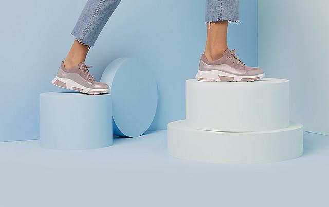 Fitflop Freya Chunky sneaker with curved panel detailing and shimmery suede.