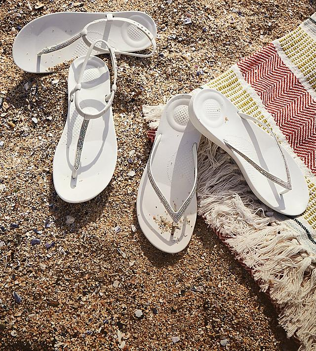 Fitflop White Iqushion flipflops with sparkling micro-crystals on the front strap and a choice of backstrap.