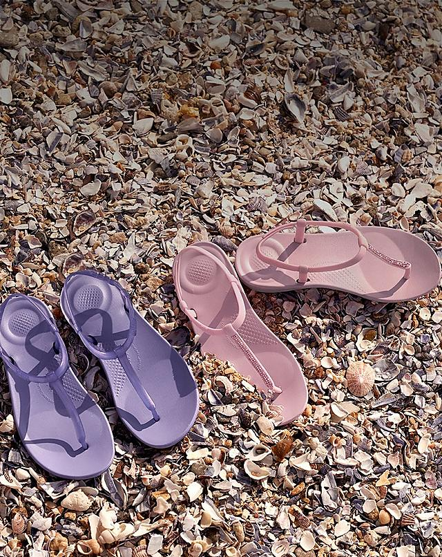 FitFlop iQushion Flip-Flops for Women.