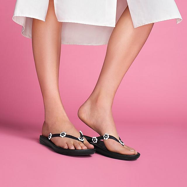 b5348283f IQUSHION. Daisy Ergonomic Flip-Flops