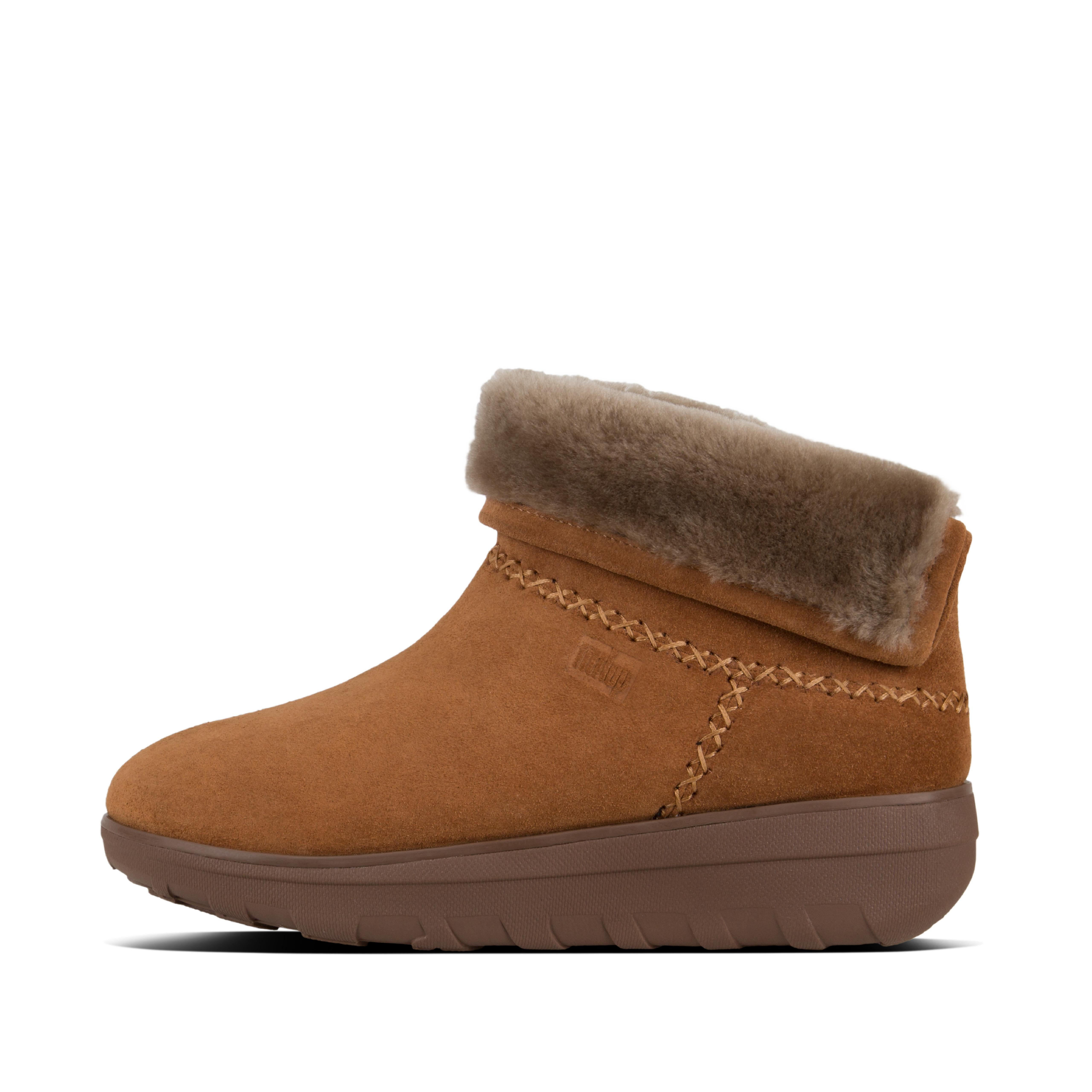 Our updated little Mukluk shorty boots are like dreams for your feet, with their fluffy wool shearling lining, a flip-up /fold-down cosy cuff, and unbelievable underfoot cushion. Unbeatable for sheer 'snug', wear them with or without socks until the summer comes. Our bet for your new favourite boots.