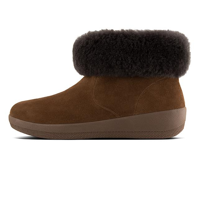 ba13cab42 SKATEBOOTIE. Shearling Suede Boots