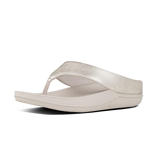 d427967b9da Ringer Superlight Leather Toe-Thong Sandals Pale Gold Fitflop ...