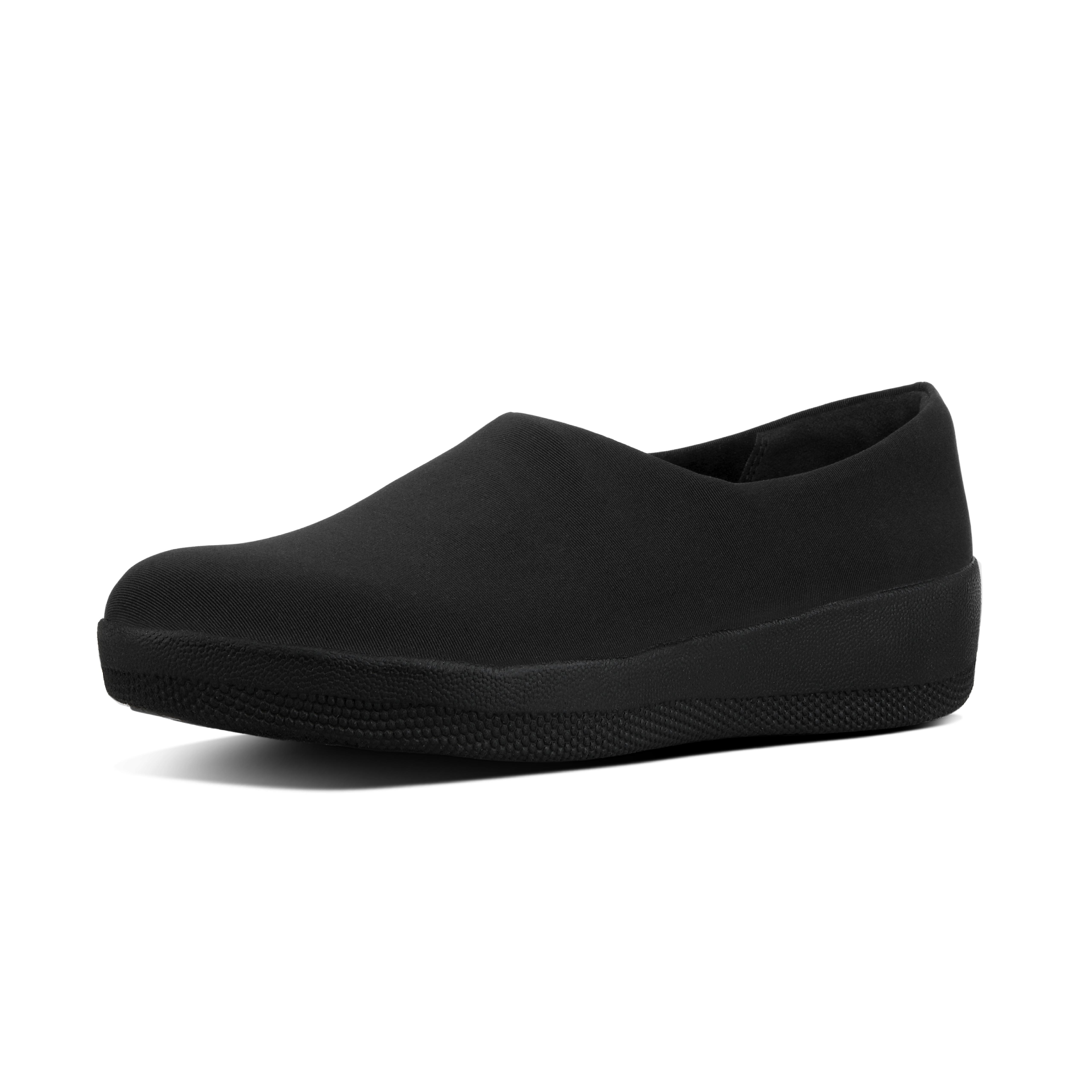 Simplicity at its best. Perfecting monochrome palettes - it's all in a day's work for these easy pull-on loafers. With a foot-hugging fit and on our lightweight, cushioned Supercom FF midsoles, they're supercomfortable too.