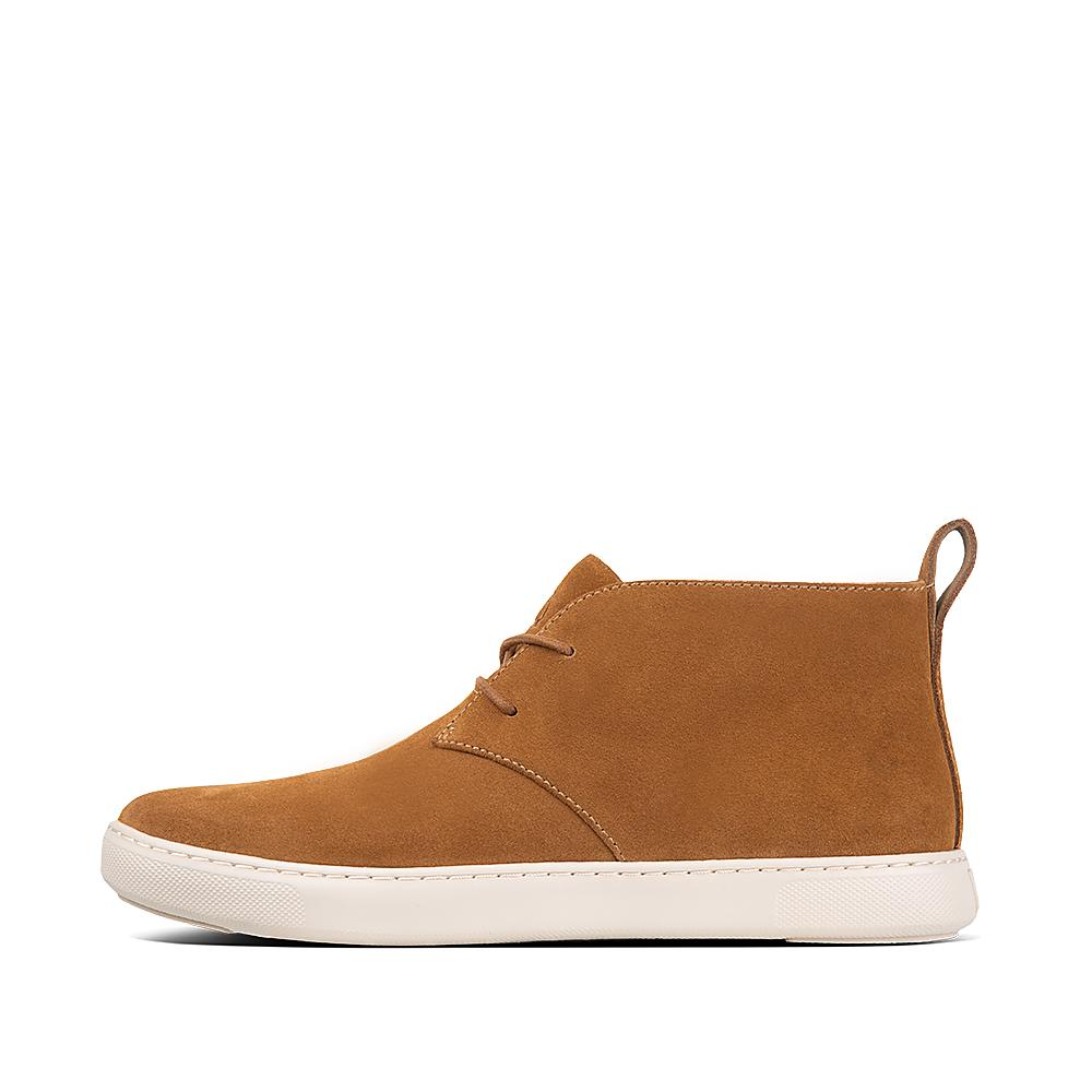 Your shoe for all seasons, the desert boot is the staple of any stylish wardrobe. The clean, soft suede design and wrapped outsole gives that smart casual edge perfect for almost any outfit or occasion. You won't be desert-ing this pair anytime soon!