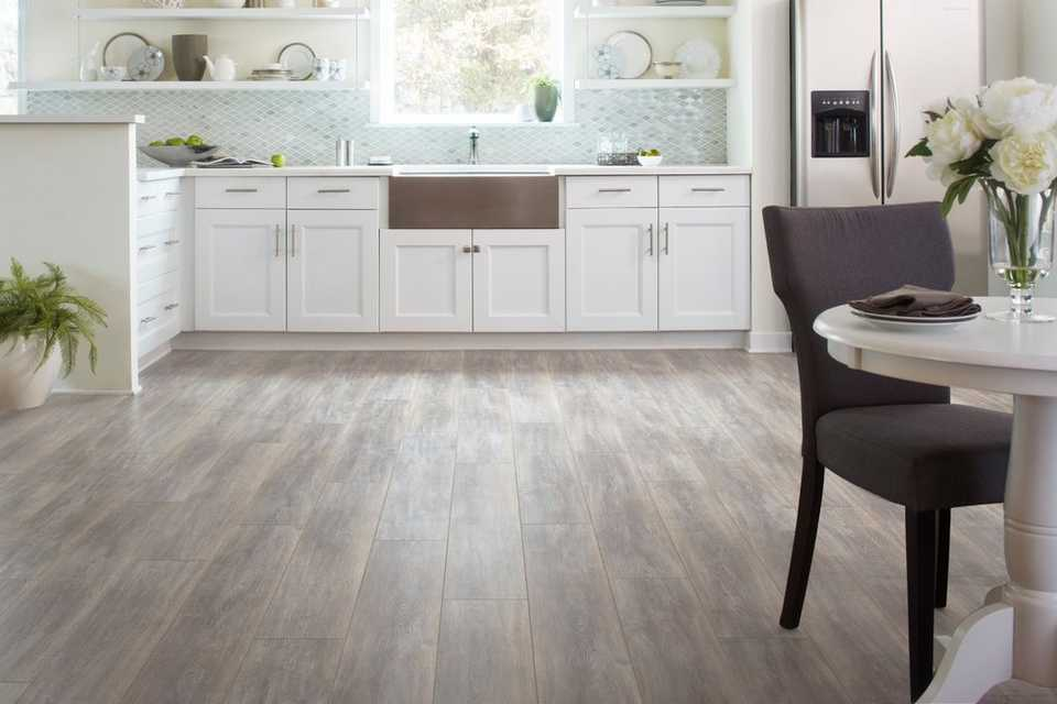rooms kitchen 35 century oak laminate kitchen floor room - Laminate Kitchen Flooring