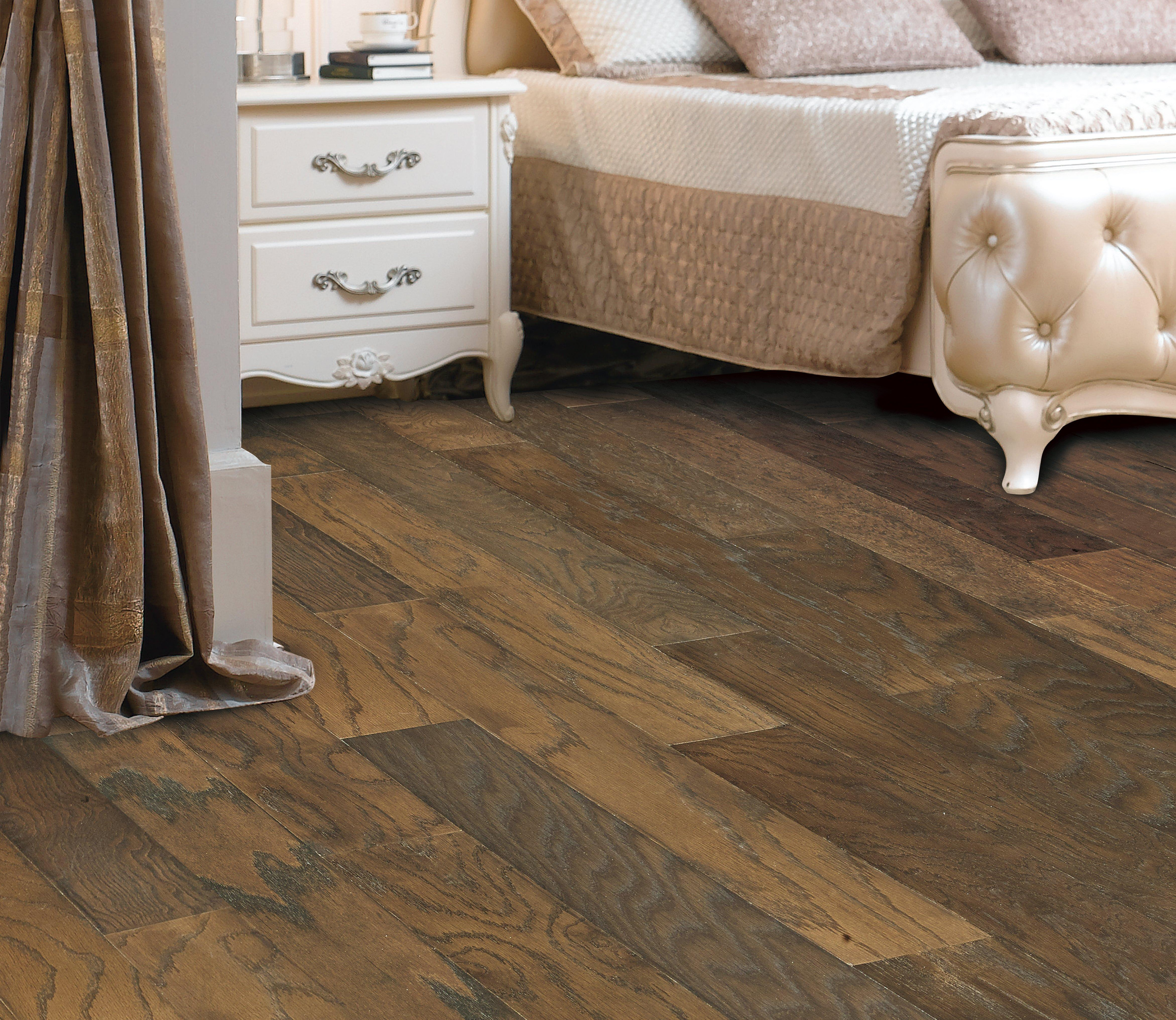 Chestnut Oak Smooth Locking Engineered Hardwood   3/8in. X 5in.   100126416  | Floor And Decor