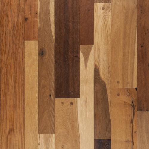 Rustic Country Oak Vintage Distressed Engineered Hardwood 12in
