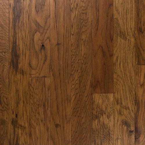 Light Brown Hickory Distressed Locking Engineered Hardwood 38in