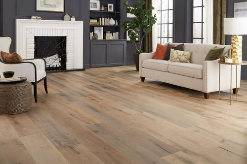Palomino White Oak Distressed Engineered Hardwood Xl Plank 58in