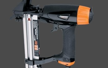 INSTALLATION TOOLS FOR WOOD & LAMINATE
