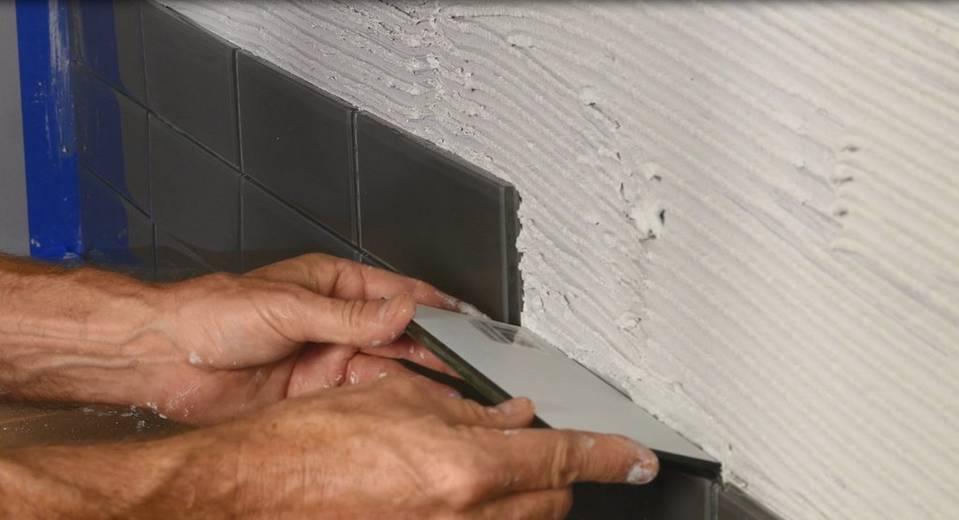 F D Start To Finish Install A Glass Tile Backsplash Floor Decor