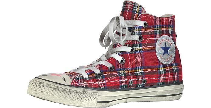 Converse Limited Edition Sneaker aus Canvas und Shearling mit Nieten besetzt