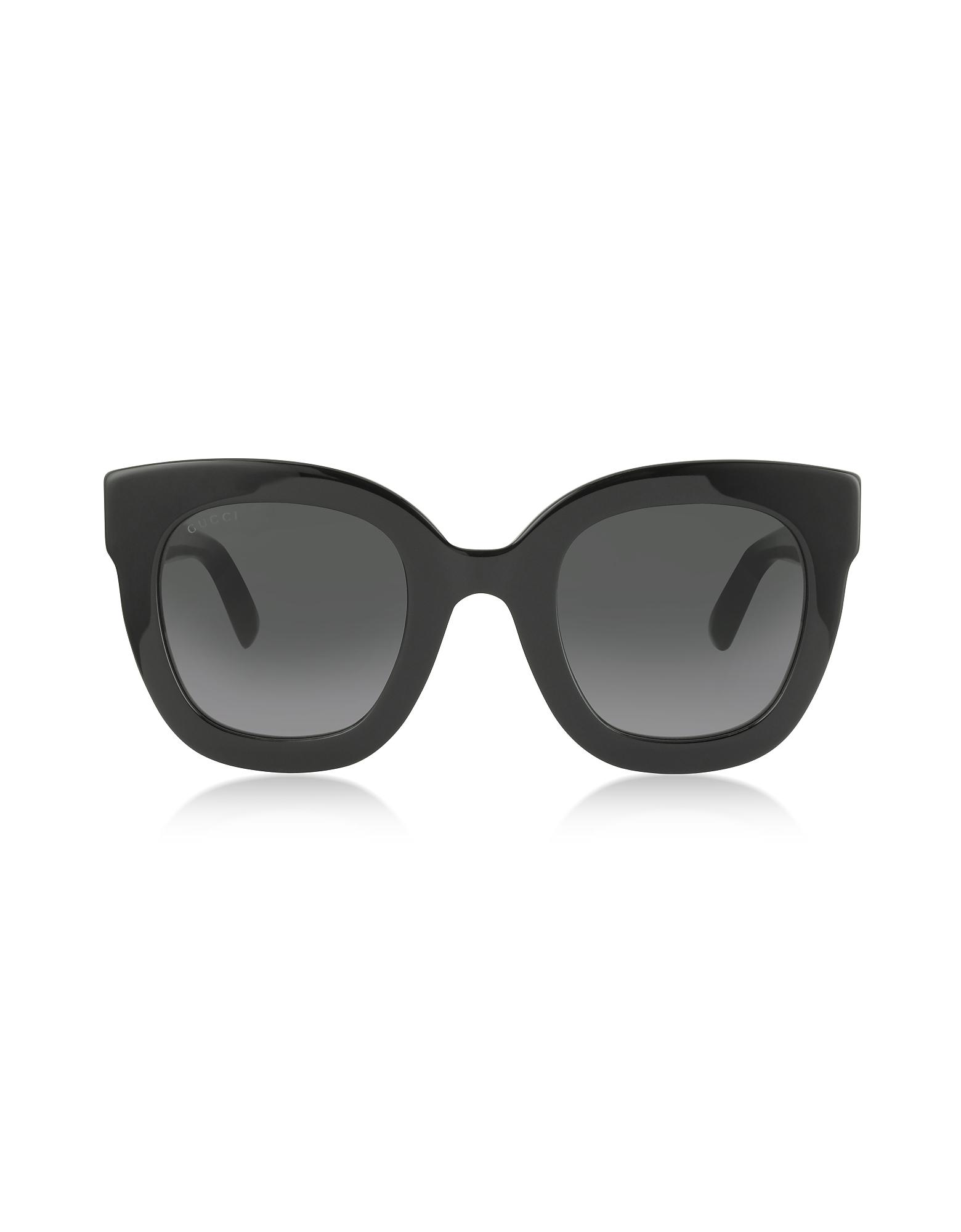 dc2eea48509 Gucci oversized rectangle sunglasses in acetate. Lens bridge temple (in  mm)  49-28-140. Gradient lenses  logo script at right. Interlocking GG logo  and ...