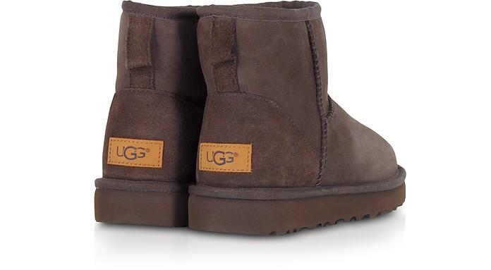 e2cc26f1cee UGG Chocolate Classic Mini II Boots 5 US | 36 IT at FORZIERI