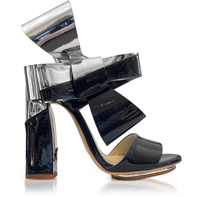 Silver and Navy Blue Patent Leather Bow Sandals - Delpozo