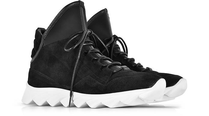 wholesale dealer a9d15 bba79 Ylati Dedalo Sneakers in Nappa e Nabuk Nera con Lacci