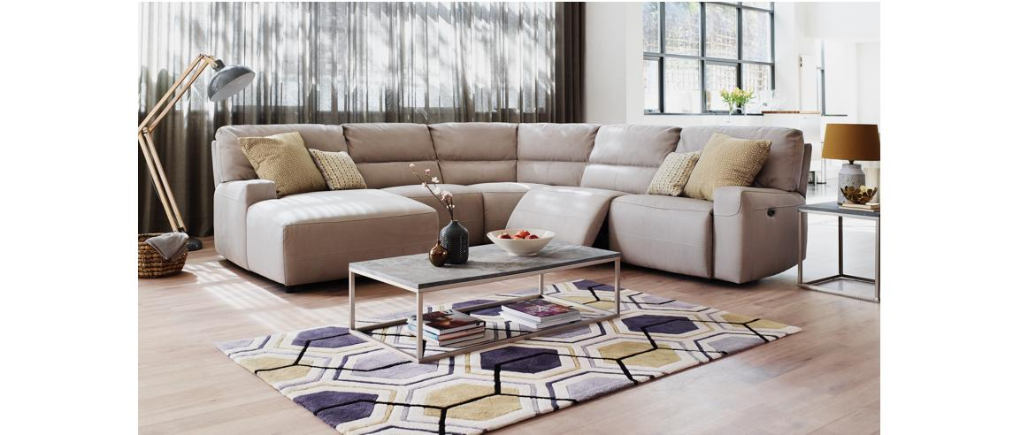 11435_Make_an_impact_with_a_striking_statement_rug_geometrics