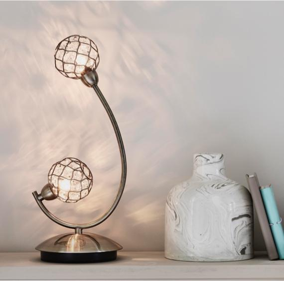 Bedroom shelf decorating ideas – table lamp