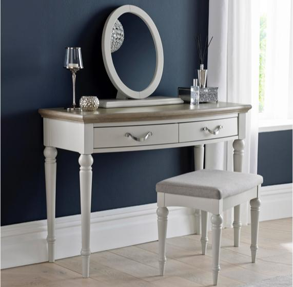 Blue bedroom idea – white dressing table