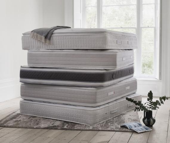 14489_6_ways_to_get_comfy_at_home_cluster_mattress