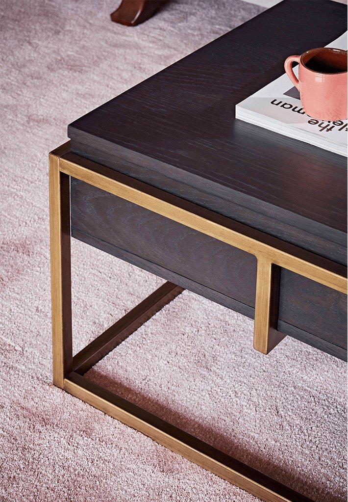 Heart-wood_vogue-table