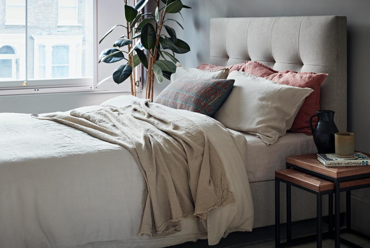 Modern_country_bed_1190x798