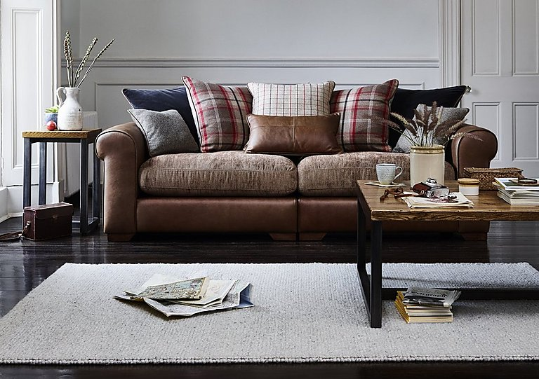 Attractive Highland 3 Seater Leather Sofa